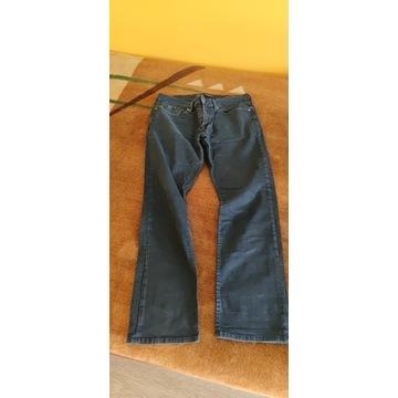 Guess spodnie 42