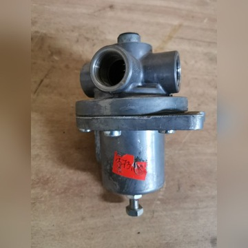 Regulator ciśnienia hamulców URSUS 3512 MF 255 235
