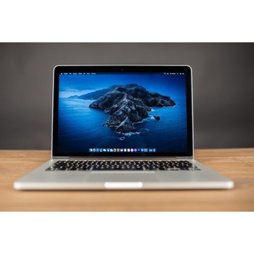 Macbook Pro Early 2015 / 8GB / 128GB / i5