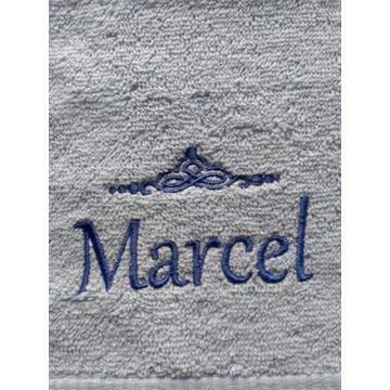 Ręcznik 30x50 z haftem imienia Marcel