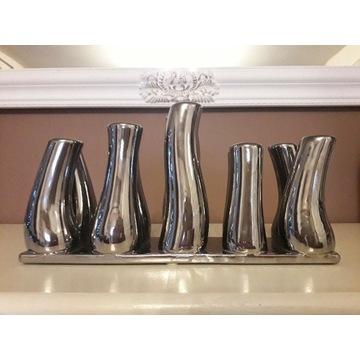 Srebrny wazon ceramiczny