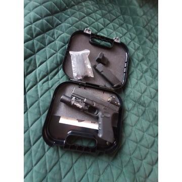 Glock 17 gen. 4 Umarex, dodatki i oryginalny case!