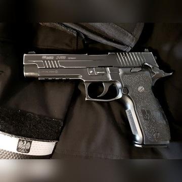 Wiatrówka Sig Sauer P226 X-Five Blow Back zestaw