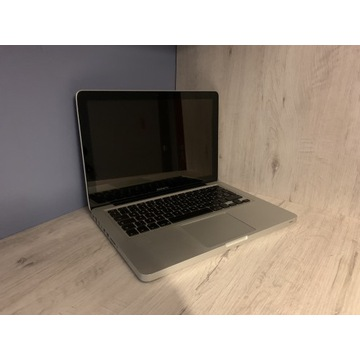 MacBook Pro 13 2010 *bateria 15 cykli