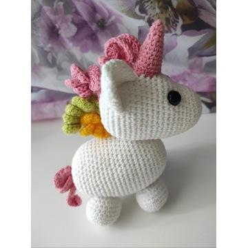 Biały jednorożec Adopt Me Roblox Unicorn Zawieszka