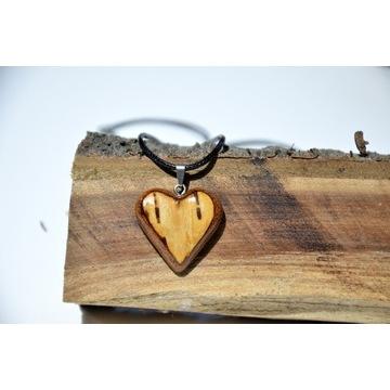 Naszyjnik wisiorek drewniane serce handmade