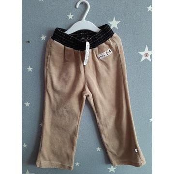 MMDADAK - aksamitne spodnie, roz.122