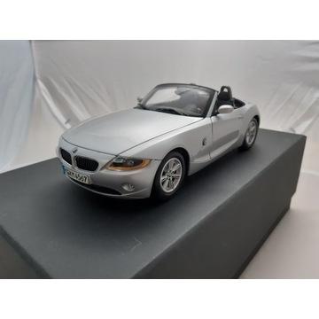 1/18 BMW Z4 E85 Kyosho diler