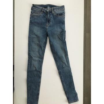 Sprzedam jeansy Weekday