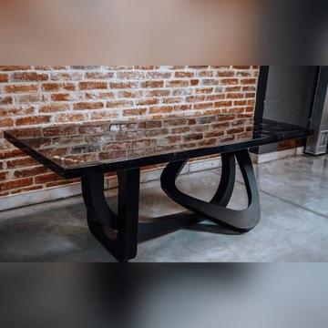 Stół drewno opalane z żywica epoksydową 3d złoty