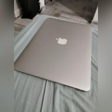 Macbook Air / i5 / 128 gb ssd / 4gb ram