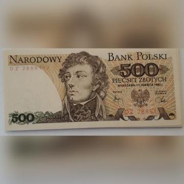 banknot --- 500 zł.