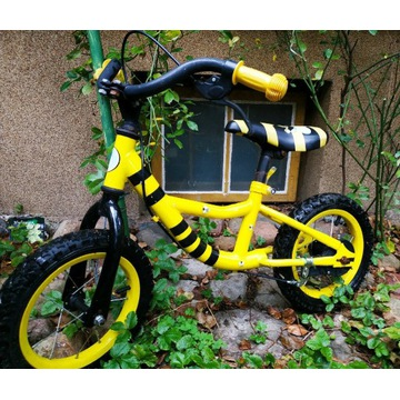 Rowerek biegowy dziecięcy żółty pszczółka
