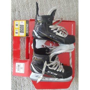 łyżwy hokejowe junior CCM tacks 9050 roz. 38
