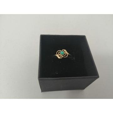 Złoty pierścionek- próby 585, 0,82 gr