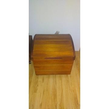 Drewniany kufer na koce