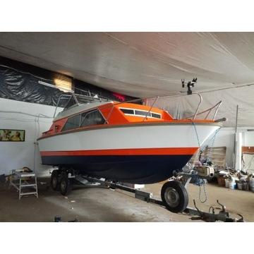 Jacht motorowy, wraz z przyczepą Sprzedam-zamienię