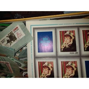 700 znaczków od Swastyki po lata 80