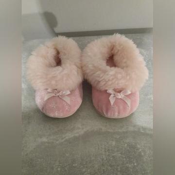 Pantofelki dziecięce ocieplane różowe r 20