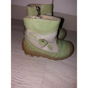 buty trzewiki Kornecki r 22