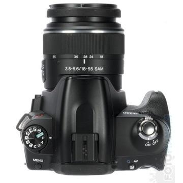 Sony alfą 230 z obiektywem