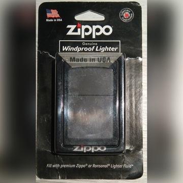 Zapalniczka Zippo black matte - USA