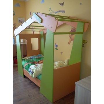 Łóżko - domek dla dziecka
