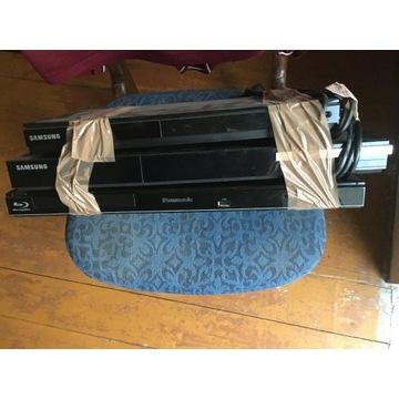 3x Blu-ray disc plaer