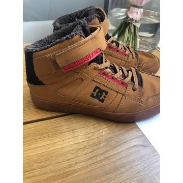 DC shoes Zima skóra, bardzo ciepłe, rzep, rozm. 35