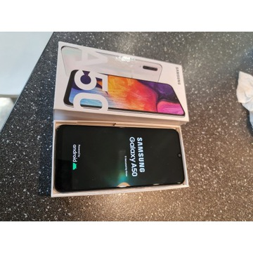 Samsung  Galaxy A50 biały  jak nowy + szkło + etui