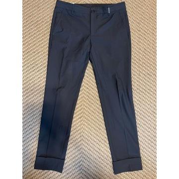 Granatowe spodnie Dirk Bikemberg