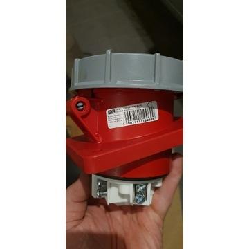 Gniazdo tablicowe skośne 63A 5P 400V IP67 TWIST