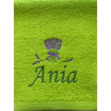 Ręcznik 30x50 z haftem imienia Ania upominek