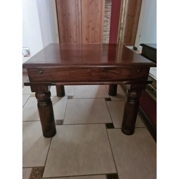 Stolik kawowy kwadratowy drewno