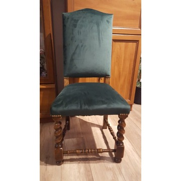 Krzesła stylowe stare odrestaurowane