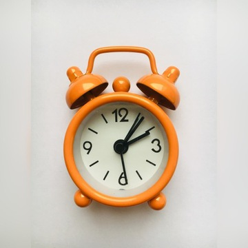 Mini mały budzik zegarek kolorowy POMARAŃCZOWY