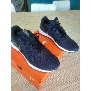 Buty sportowe Nike 43 jak nowe + gratis !