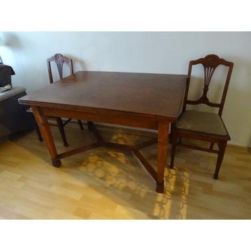 stół rozkładany 125 / 235 cm dwa krzesła zestaw