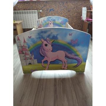 Łóżeczko dla dziecka dziewczynki