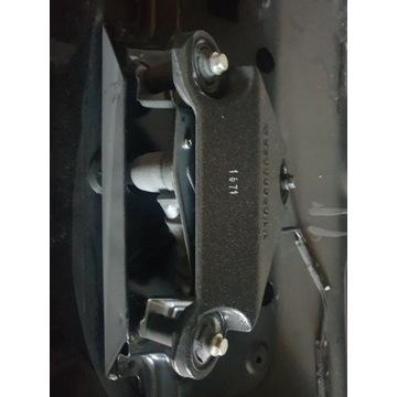 Dodge Durango 11 12 13 silniczek wycieraczki