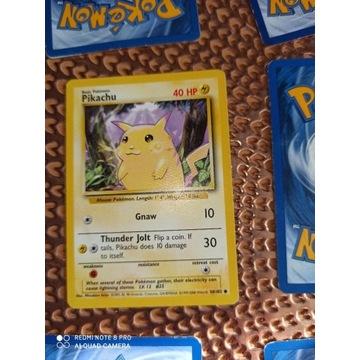 Pikachu 1999 red cheeks error Pokemon karty