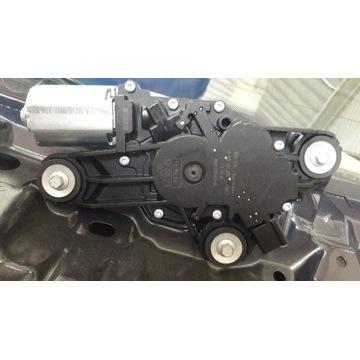 Silniczek Wycieraczki Tył Ford Focus MK3 HATCHBACK