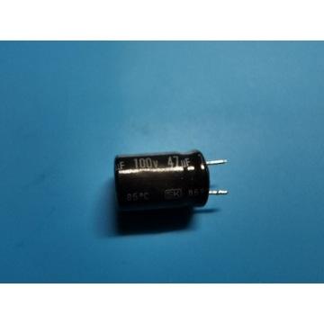 Kondensator 100V 47uF