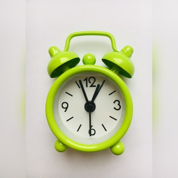 Mini mały budzik zegarek kolorowy zegar ZIELONY