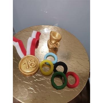 Zestaw dla sportowca z masy cukrowej medal