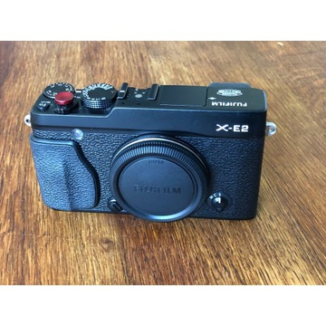 Fujifilm X-E2 + case