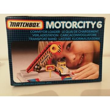 ZESTAW MATCHBOX MOTORCITY 6 STAN FABRYCZNY  1989r