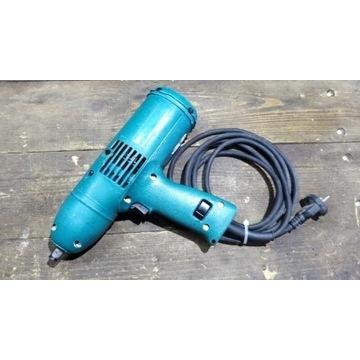 Klucz udarowy elektryczny Makita 6905H    300 Nm