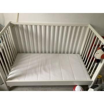 Łóżeczko dziecięce IKEA + prawie nowy materac