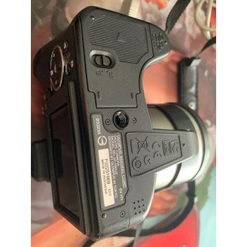 Olympus SP-590 UZ czarny + 2GB karta XD